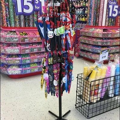 Elmo Umbrella Tree Sign As Merchandising Focus