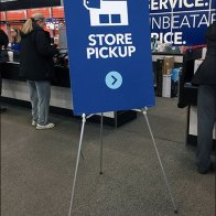 In-Store Order Pickup Easel At Best Buy