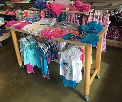 Gymboree Under-Table Hangrail Merchandising