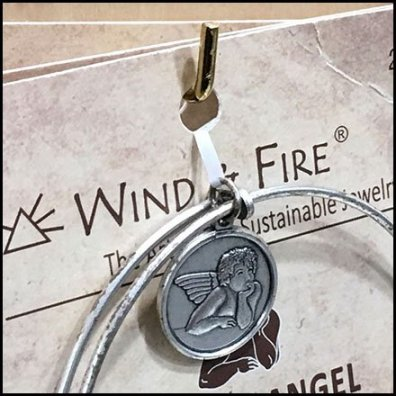 Wind & Fire 90º Tip Display Hook