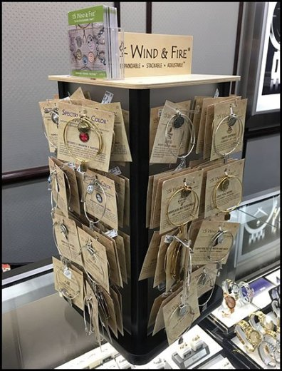 Wind & Fire Bracelet Counter-Top Spinner