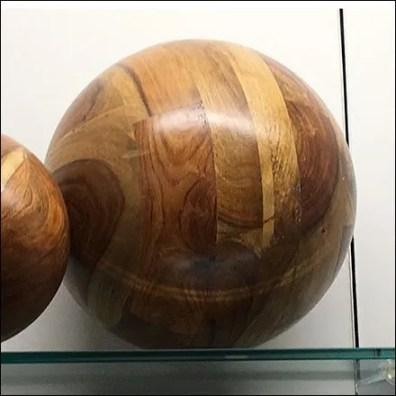 Natural Wood Ball Visual Merchandising Props