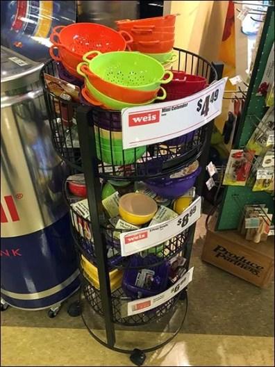 Castered Circular Floor Rack For Colanders