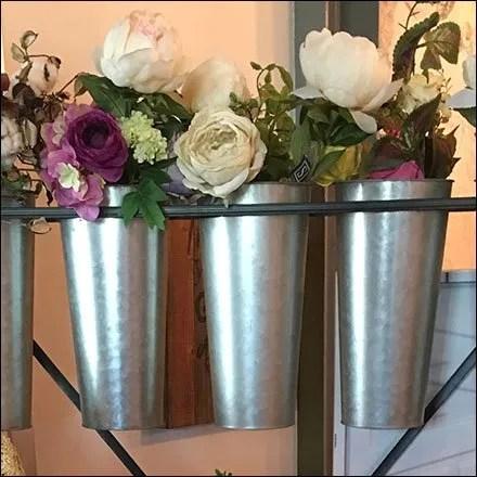 Rustique Bouquet Presentation Rack