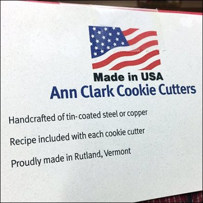 Twine-Tied Frog Label For Cookie Cutters