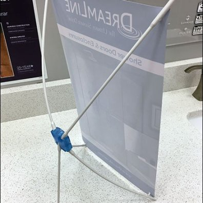 Spider Flexible Counter-Top Sign Stand 3