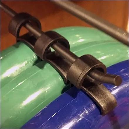 Flying-Disk Display Hook Hang-Clip