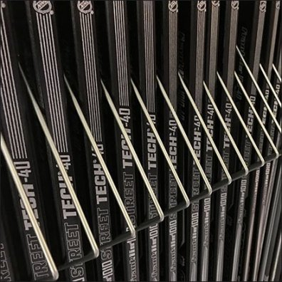 Open Wire Dividers For Hockey Sticks Feature