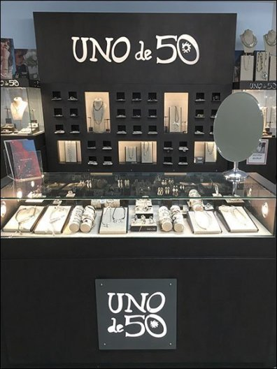 Uno de 50 Spanish Fashion Jewelry Branding