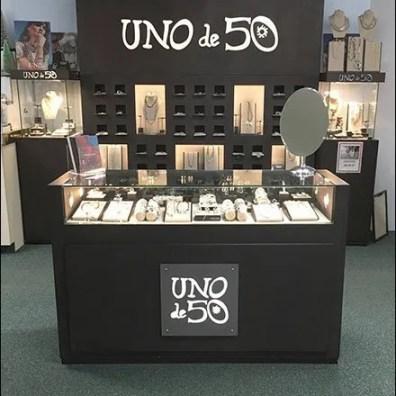 Uno de 50 Spanish Fashion Jewelry Branding
