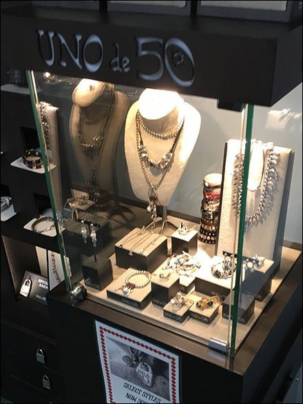 Uno de 50 Fashion Jewelry Outfitting