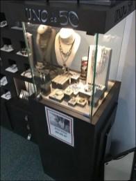 Uno de 50 Fashion Jewelry Outfitting