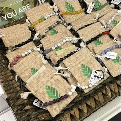 Wicker and Burlap Bracelet Tray Display
