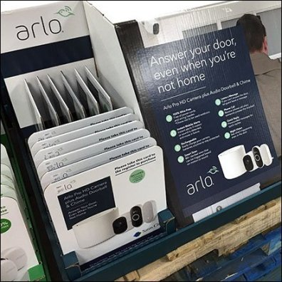 Arlo Shelf-Top Answer-Your-Door Display
