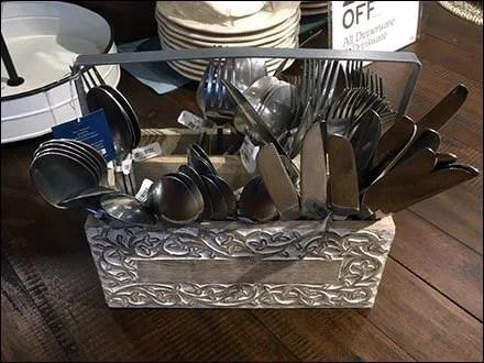 Cutlery Carrier Cross-Sell In Tableware