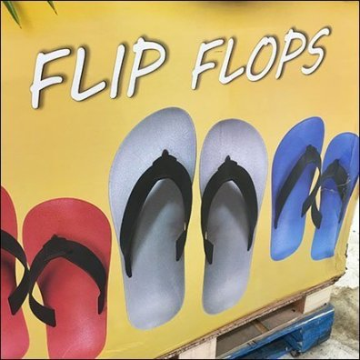 Flip Flop Bulk Bin Pallet Display Feature1