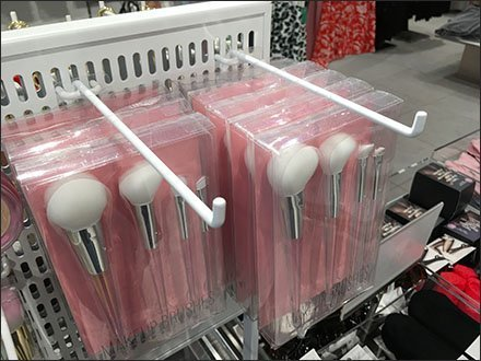 Pure White Cosmetic Brush Merchandising