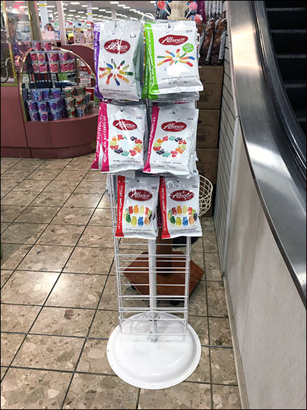 Albanese Gummy Worm Slatwire Tower Display
