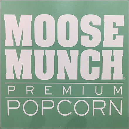 Harry-&-David Moose Munch Popcorn Display
