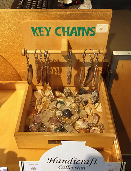 Key-Chain Plywood-Bin T-Hook Display