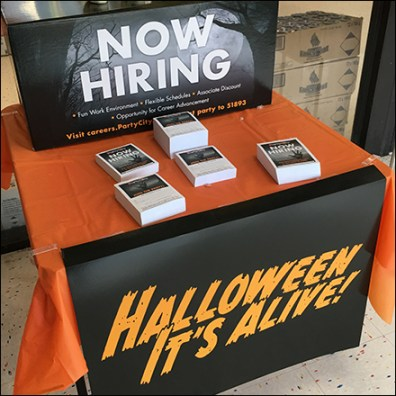 Party-City Halloween-Hiring Table Drape