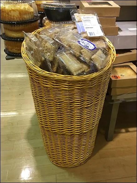 Blueberry-Pie Upright Wicker Basket