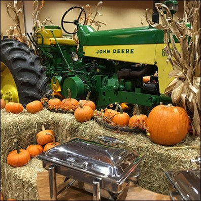 John-Deere-Tractor Thanksgiving Centerpiece