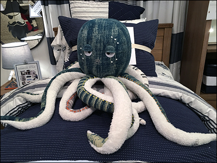 Plush Octopus Props Bedroom Furnishings
