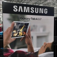 Samsung-Galaxy-Tablet A8 Pallet Display