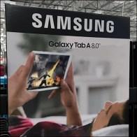 Samsung-Galaxy-Tablet A8 Pallet Display