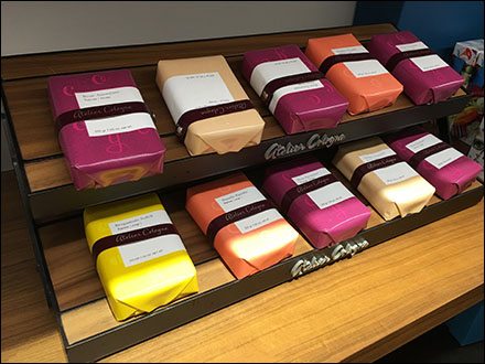 Atelier Cologne Gift-Wrapped Soap Collection