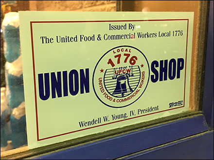 Retail Workers Unite Union-Shop Label