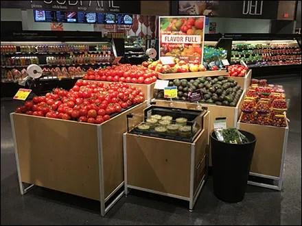 Market 32 Flavor-Full Heirloom Tomatoes Display