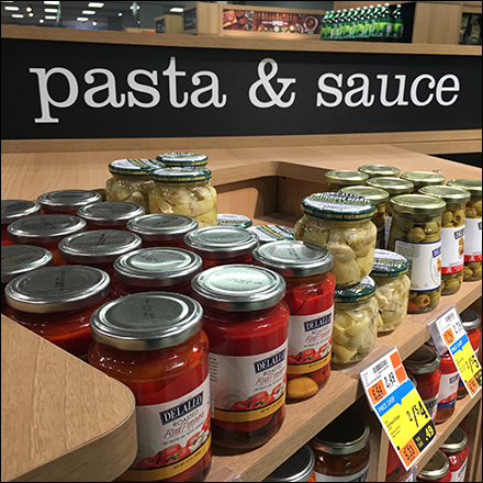 Market-32 Proper Pasta Sauce Presentation