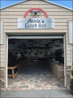 Annies-Lunch-Box Quonset Hut Store