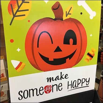 Make-Someone-Happy Halloween Greetings