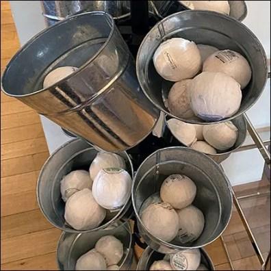Bath-Bomb Galvanized Bucket Details