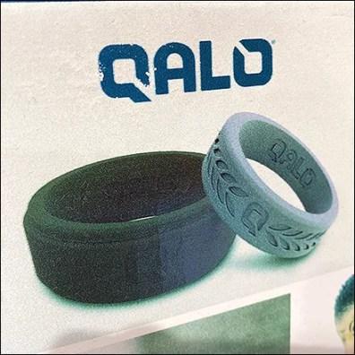Qalo Wedding Ring Display Hook