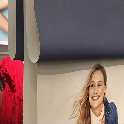 Universal-Thread Draped Banner DisplayUniversal-Thread Draped Banner Display