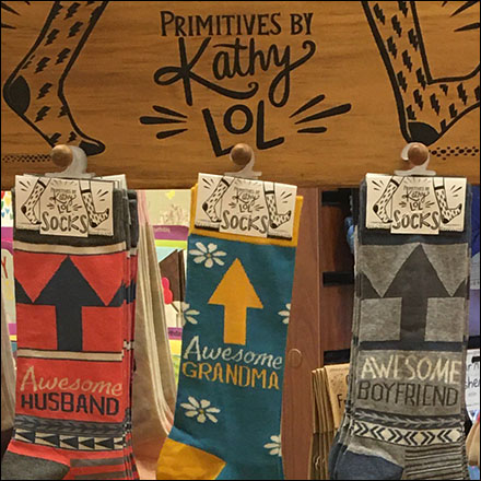 Primitive-Socks Wood Finial Hooks