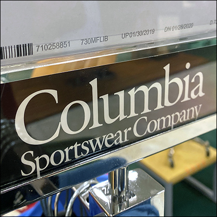 Columbia Sportswear Hangrail Median Sign