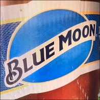 Blue-Moon Belgian-White Bollard Advertising