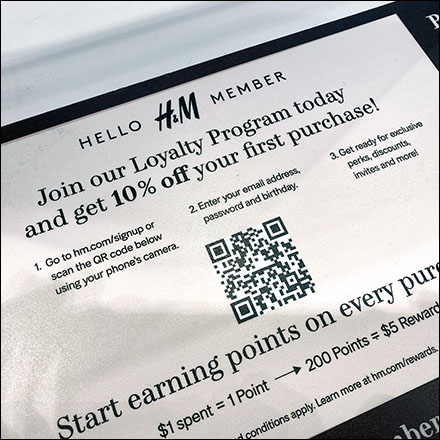 H&M Loyalty Program Cashwrap Reminder
