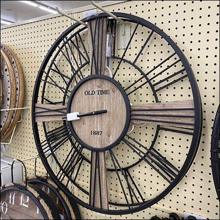 Old-Time-Clock Double-Hook Display