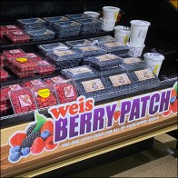 Weis Berry Patch Cascading Display