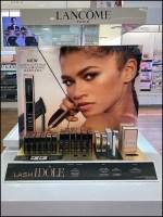 Lancome Idole Volumizing Mascara Display