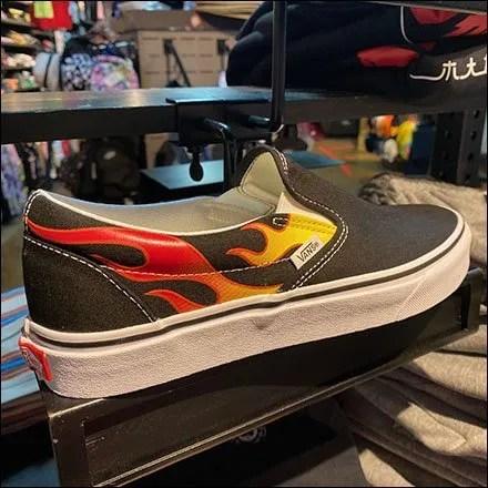 Zumiez C-Clamp Shoe Ledge Stocked