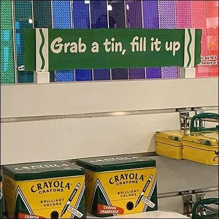 Crayola Fill-It-Yourself Crayon Tin Island Display