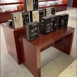 Oneida Icarus Silverware Trestle-Table Display