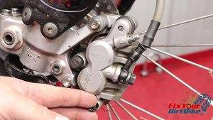 2009-2010 Honda CRF450r - Brakes - Remove Bad Pin Plug